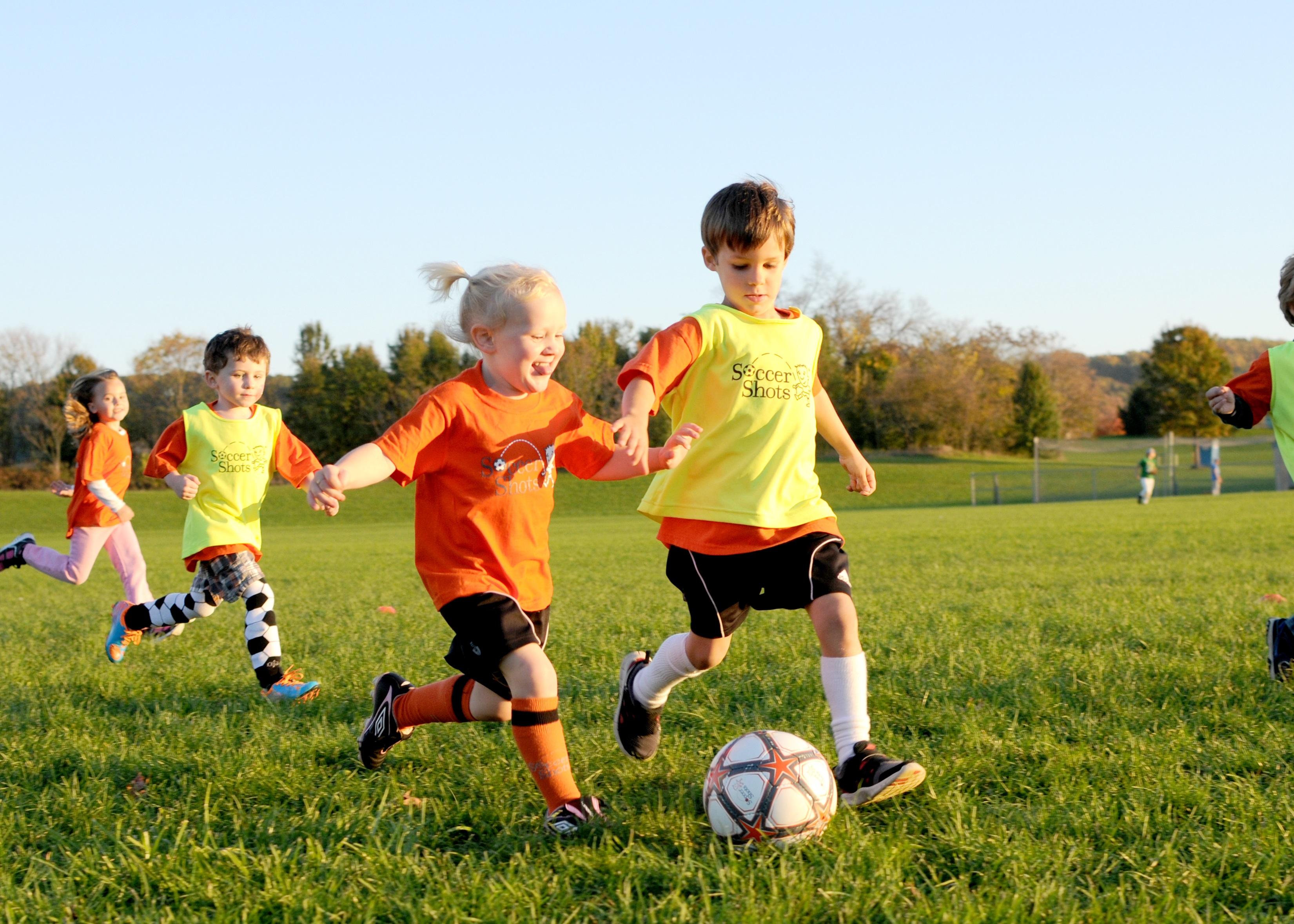 Voetbal- en gymschoenen voor de kleintjes!
