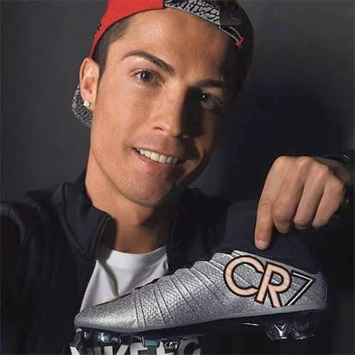CR7 Schoenen zijn er allemaal te koop?