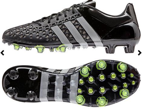 Nieuwe zwarte adidas voetbalschoenen - ace