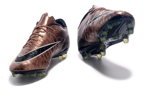 Nike hypervenom phinish brons
