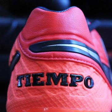 Rode Nike Tiempo Legend 6 - 2016