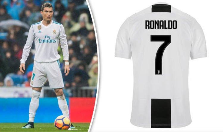 Ronaldo shirt juventus kopen