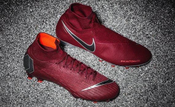 Red Firing Nike Voetbalschoenen